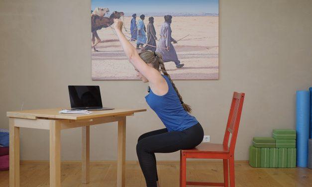 Fit am Arbeitsplatz: Büro-Workout für mehr Wohlbefinden